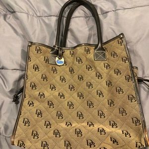 Hand bag - Dooney & Bourke